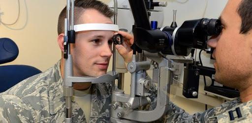 Göz tembelliği askerliğe engel mi?